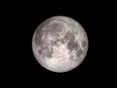 Ученые: Под поверхностью Луны большие залежи воды