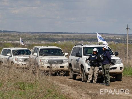 Спостерігачі ОБСЄ зафіксували наДонбасі фургони російської компанії ритуальних послуг