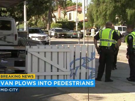 УЛос-Анджелесі фургон врізався унатовп, є постраждалі