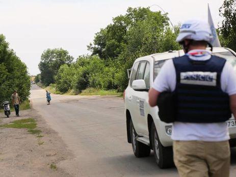 Бойовики «ДНР» на сім годин затримали водія і обладнання для ОБСЄ