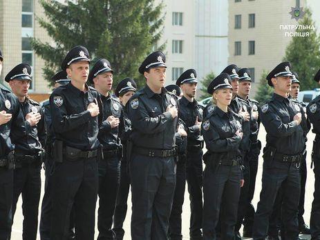 Вдорожную полицию взяли 400 патрульных из2,5 тыс. необходимых