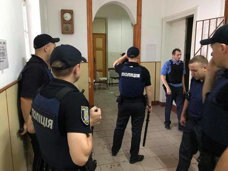 Патрульные штурмовали палату львовской психбольницы