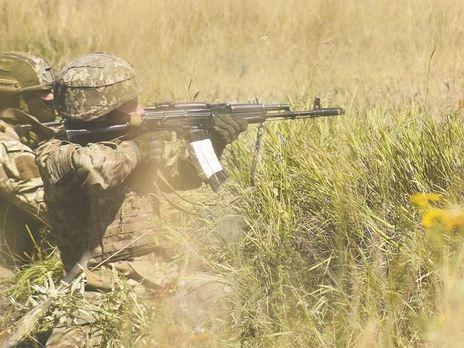 Біля Мар'їнки двоє українських військових загинули, п'ятеро отримали поранення від вибухлої зброї