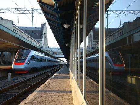 Скандальная поездка в«Интерсити»: пассажирам пояснили причину замены поезда