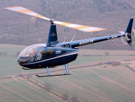 В Российской Федерации вертолет врезался вскалу умер пилот