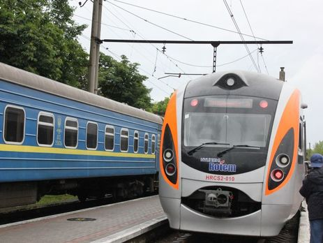 «Укрзализныця» в 2017-ом планирует уменьшить объем пассажирских перевозок