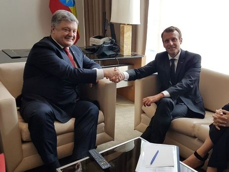 Порошенко і Макрон домовилися про реалізацію миротворчої місії ООН наДонбасі