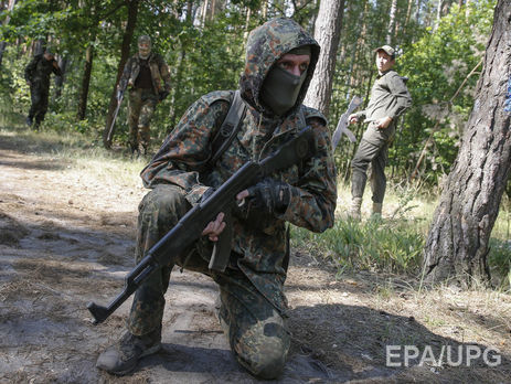УРосії військовий застрелив товаришів послужбі і втік