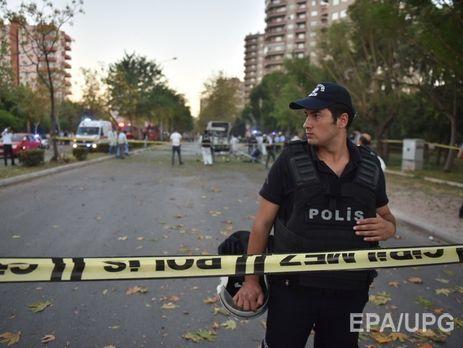 УТуреччині підірвали автобус із поліцейськими, постраждало 18 осіб