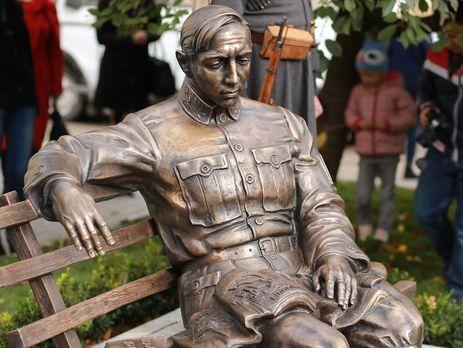 Памятник Петлюре открыли 14 октября
