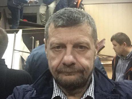 Коханивский иего соратники укрепили баррикаду и ожидают совещания суда
