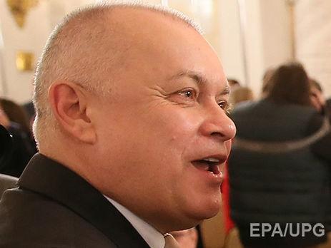 Венедиктов эвакуирует изстраны Ларину из-за эфира Соловьева