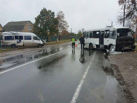 Под Киевом столкнулись два пассажирских автобуса, есть потерпевшие