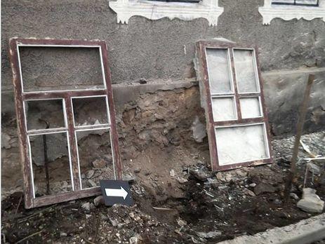 НаЛуганщине боевики изминометов обстреляли дома местных жителей