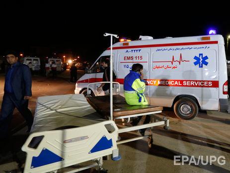Кількість жертв землетрусу в Ірані зросла до 445, оголошений триденний траур