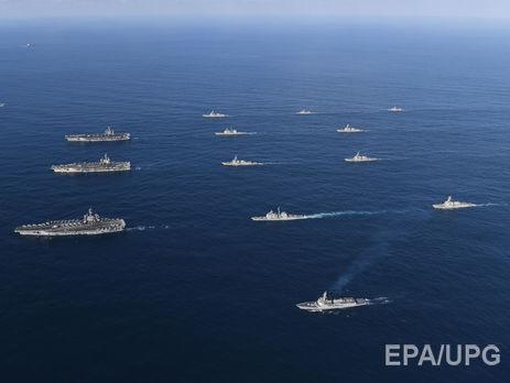 ВМС США показали спільні навчання з Південною Кореєю біля узбережжя Корейського півострова. Відео