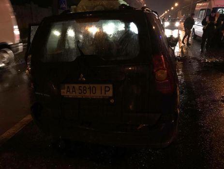 Посадовець МВС, винний в аварії у Києві, викликав адвокатів і зачинився в машині, розповіла дочка загиблого