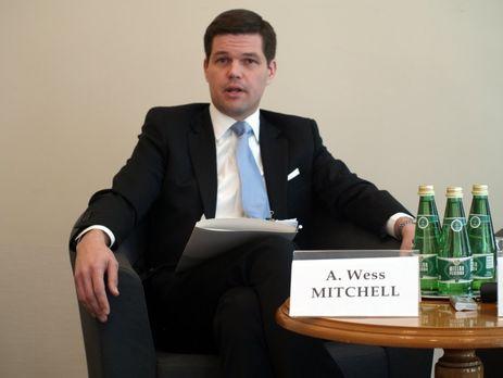 В Украину прибыл помощник госсекретаря США Митчелл