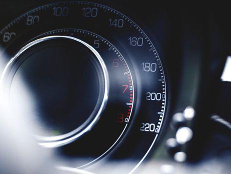 До відома мешканців Херсонщини: відсьогодні набуває чинності обмеження швидкості в населених пунктах до 50 км/год