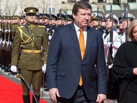 Литовское руководство одобрило передачу Украине оружия практически на2млневро