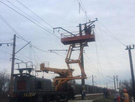 Бойовики «ДНР» обстріляли Авдіївку, місто півгодини було без електрики