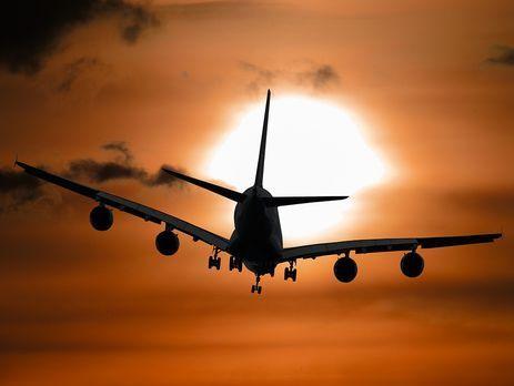 Через непогоду літак рейсу Київ-Херсон здійснив аварійну посадку