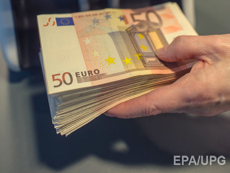 Гривня до євро подешевшала до35,65 грн/€