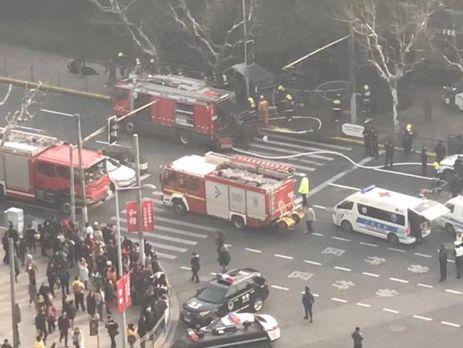 УКитаї фургон в'їхав унатовп людей— 18 осіб постраждали