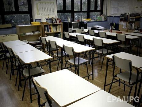 Усі школи Рівного закривають накарантин