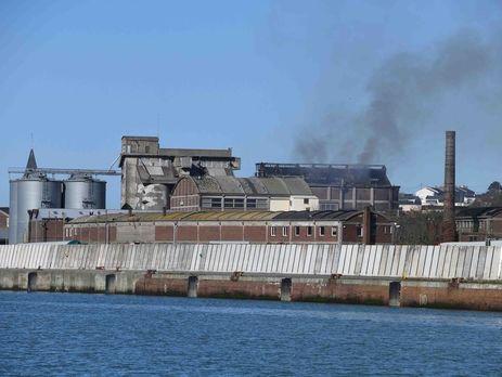 В результате взрыва на заводе во Франции погибло два человека
