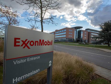 ExxonMobil из-за санкций выходит изпроектов с«Роснефтью»