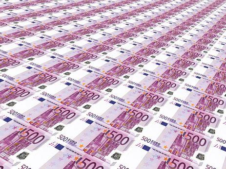 С замороженных счетов Каддафи пропало более €10 млрд