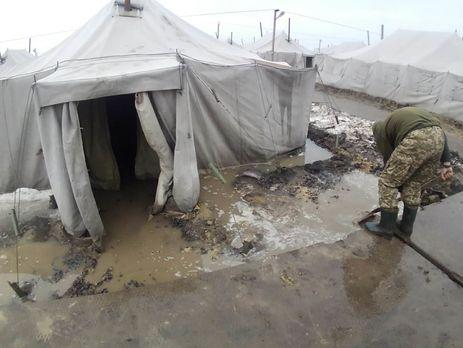 У березні 2018 року українські військовослужбовці заявляли, що на військовому полігоні Широкий Лан погіршилися умови для життя
