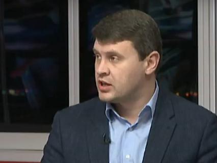 Народные избранники Ивченко иГончаренко подрались встудии «5 канала»