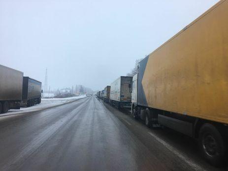 РФ прекратила пропуск украинских фур награнице— Госпогранслужба