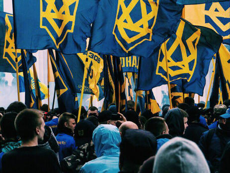 США запретили предоставлять оружие ультранационалистическому полку «Азов»