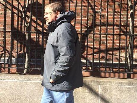 Засновник центру журналістських розслідувань OCCRP Салліван: Порошенко – корумпований бізнесмен, навколо якого багато небезпечних людей