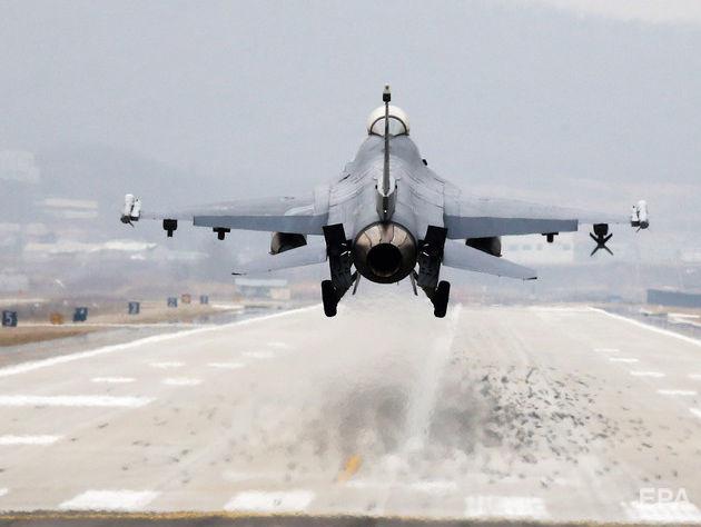В Аризоне разбился истребитель F-16 ВВС США, пилот выжил