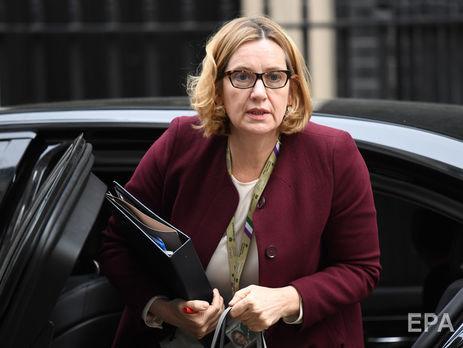 Министр внутренних дел Великобритании Радд подала вотставку