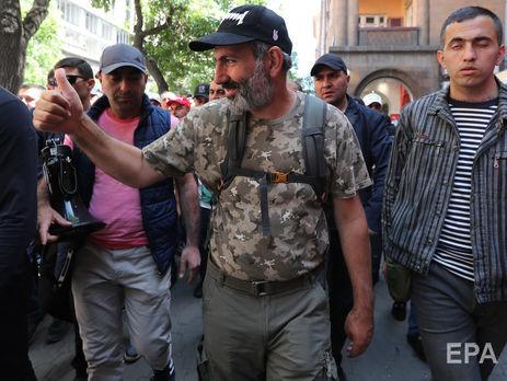 Пашинян собрал подписи трети депутатов для нового выдвижения впремьеры