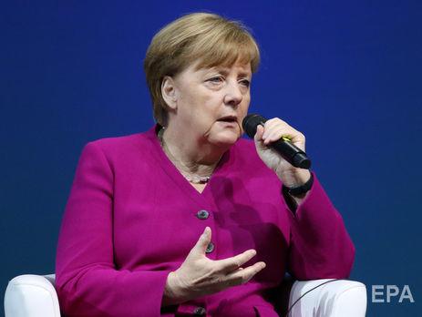 Меркель обеспокоенна ситуацией на Донбассе