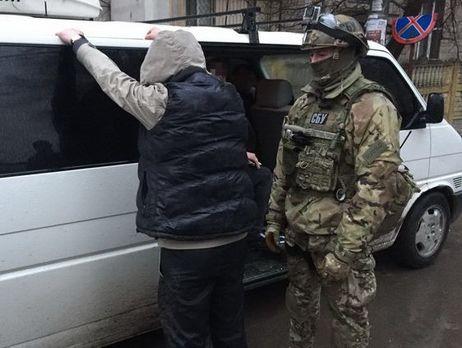 СБУ разоблачила в Киеве преступную группировку, члены которой выдавали себя за украинских военных