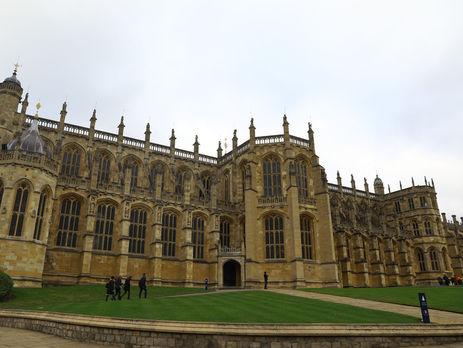 Принц Гаррі і Маркл прибули у Віндзорський палац, де завтра відбудеться їхнє весілля