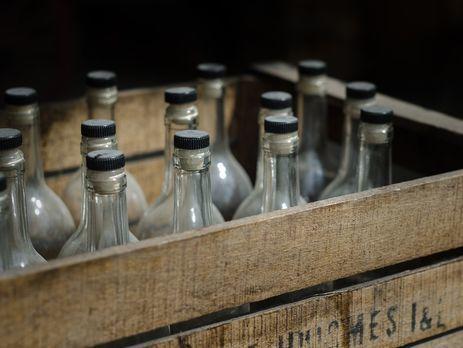 У Борисполі семеро людей отруїлися сурогатним алкоголем, шестеро з них померли
