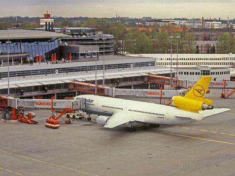 Аэропорт Гамбурга экстренно приостановил авиасообщение
