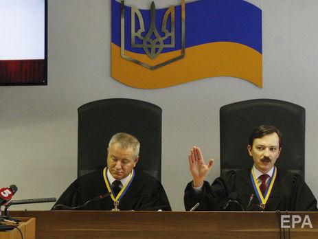 Свидетель всуде: Радикалы в 2014-ом хотели живьем сжечь Януковича