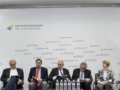 В исследовании Atlantic Council отмечается что ежегодно Россия тратит около $2 млрд на поддержку Крыма