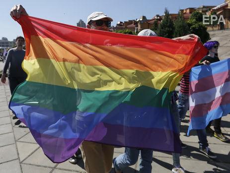Филарет: Нет в Украине церкви, которая поддерживает однополые браки. Украинский народ не поддерживает это
