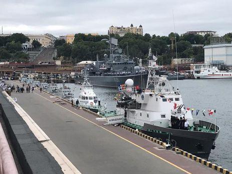 Должны превращать захваченный Крым нанеподъемный груз для столицы — Порошенко