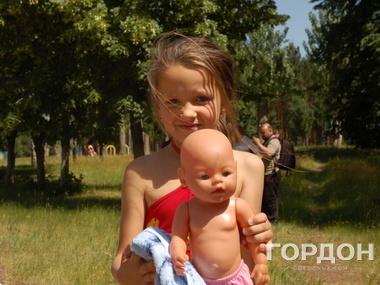 <p>Около 150 женщин и детей эвакуировали из Славянска в Харьковскую область.</p>